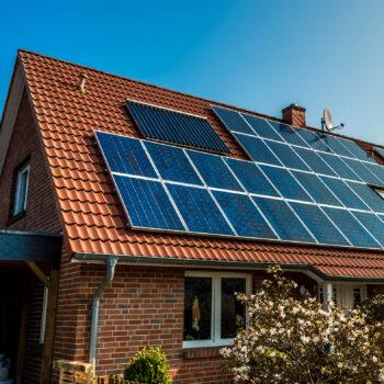 Solar Solarpanel Solardach Photovoltaik Sonnenenergie Nachhaltigkeit Umwelt